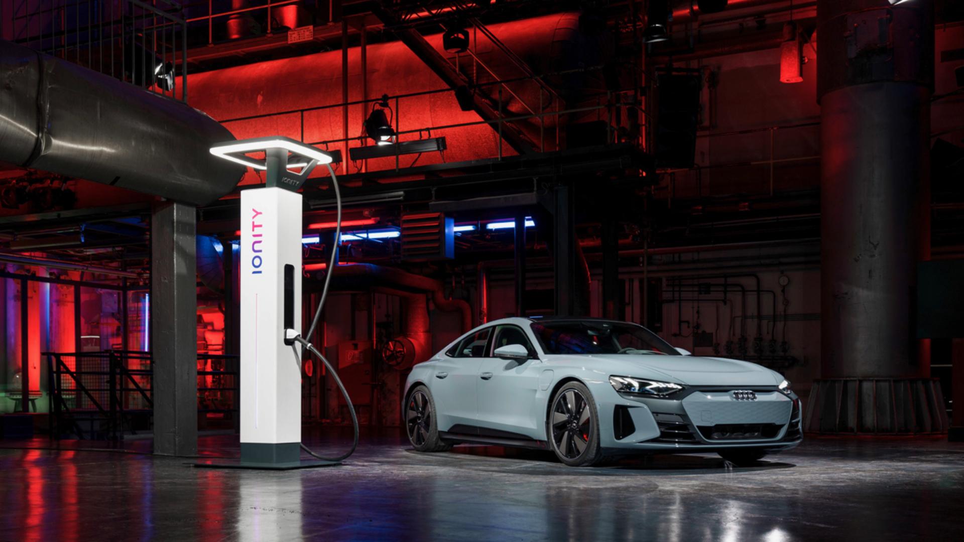 Audi e-tron GT experience: Technology