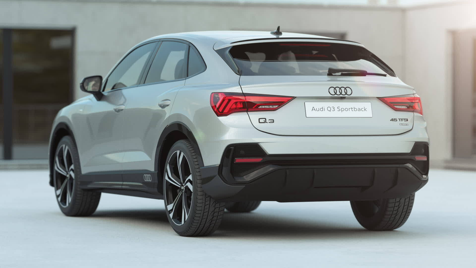 Audi Q3 Sportback exterior design (animation)